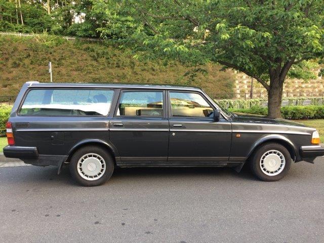 ボルボ 240ワゴンガンメタ'89 画像05