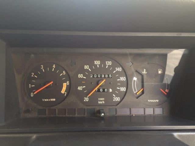ボルボ 240ワゴンガンメタ'89 画像12