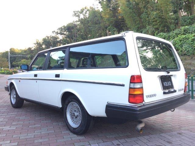 ボルボ240GLエステート1988年式LHD 画像04