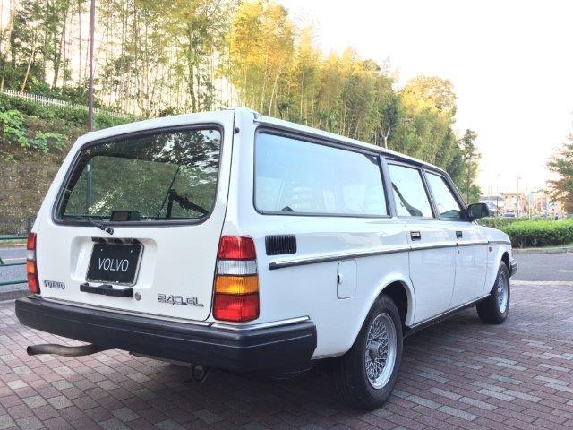 ボルボ240GLエステート1988年式LHD画像2