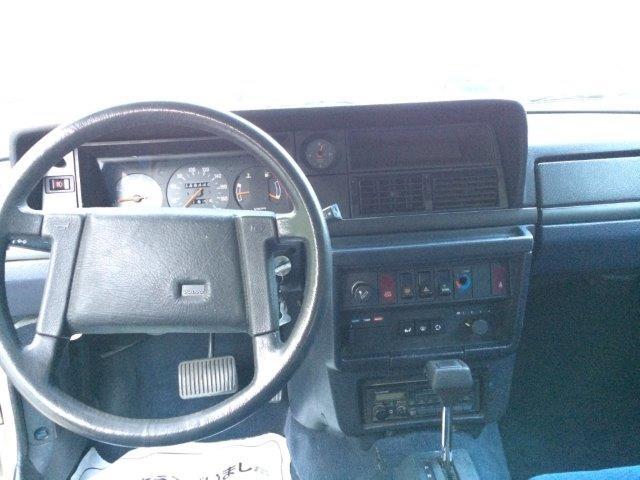 ボルボ240GLエステート1988年式LHD 画像09